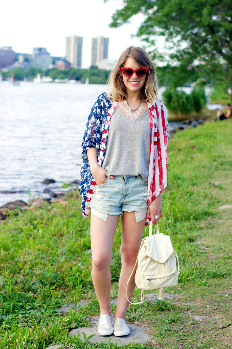 casual 4th of july outfit, american flag kimono