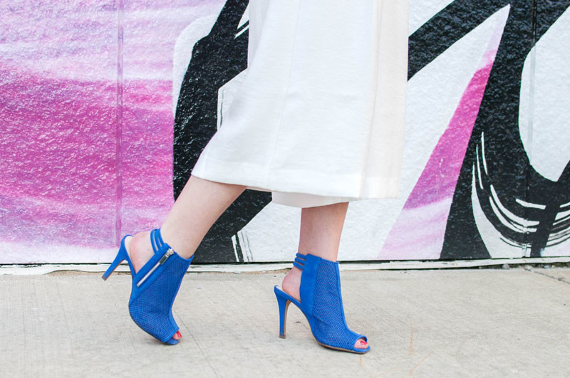 colbalt blue booties, style tab