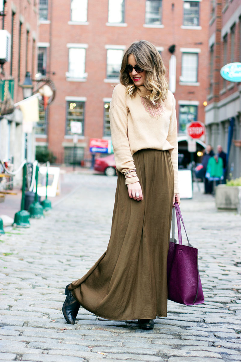 How to wear a maxi skirt in winter