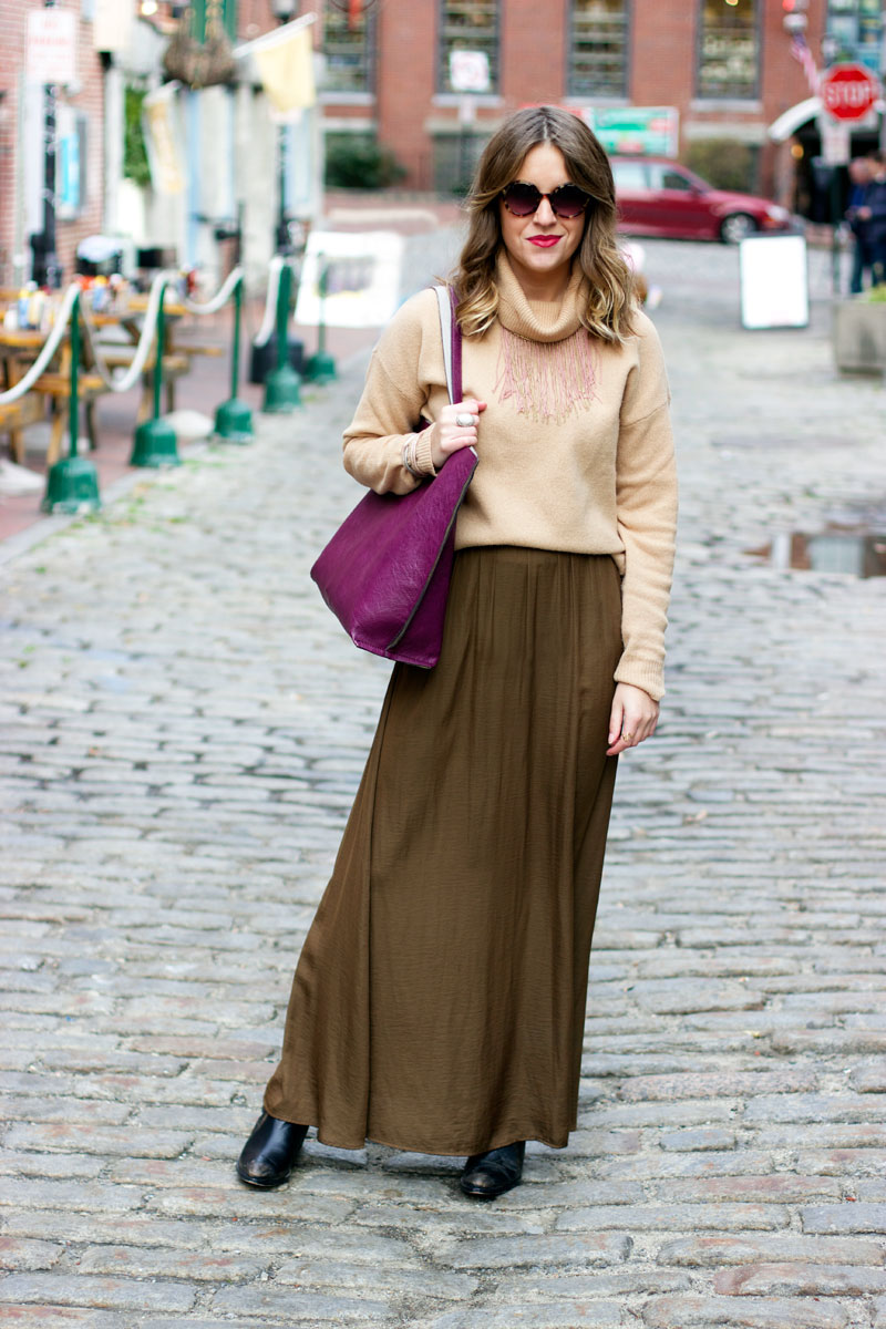 Maxi-skirt-outfit-for-winter