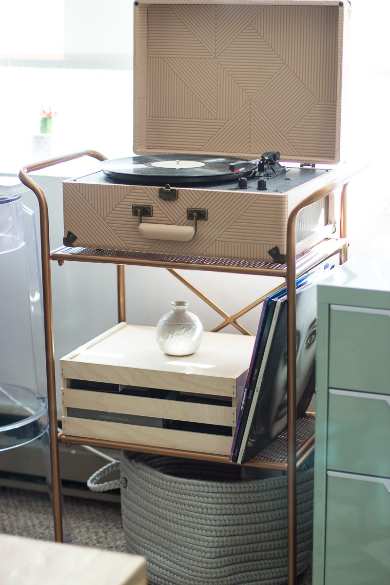 Crosley x Urban Outfitters record play